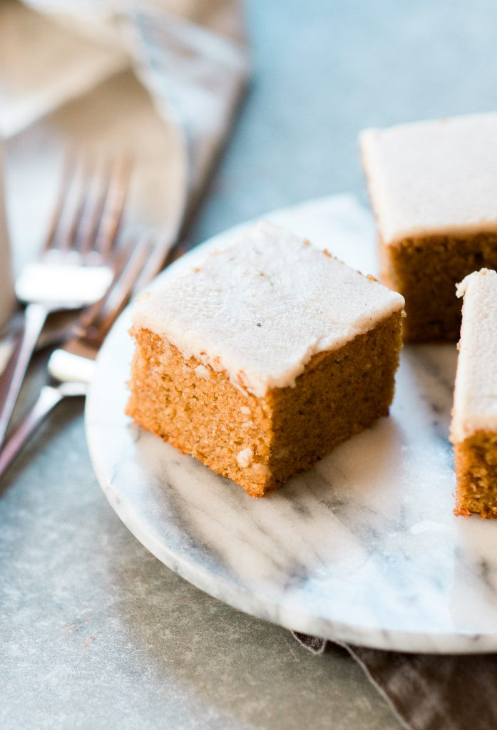 05-best-easy-paleo-pumpkin-cake-12